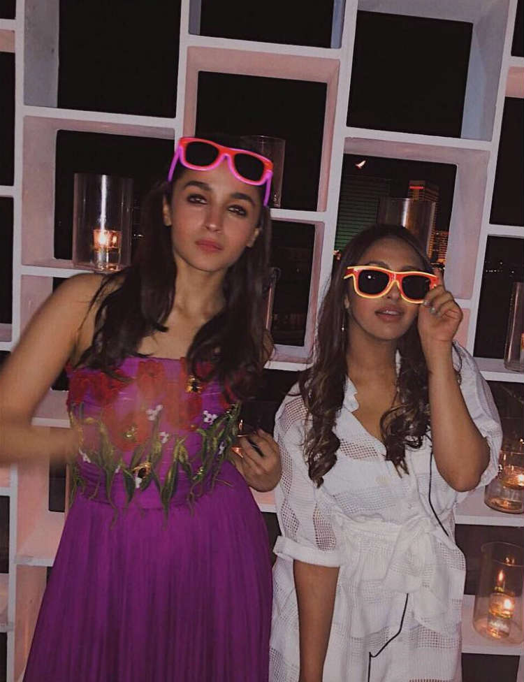 Alia Bhatt slaying with Akansha Ranjan Kapoor at Kripa Mehta's wedding