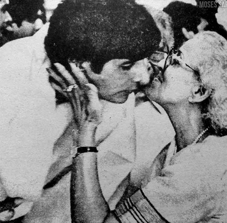 Amitabh Bachchan's beautiful Instagram post featuring his mother with him