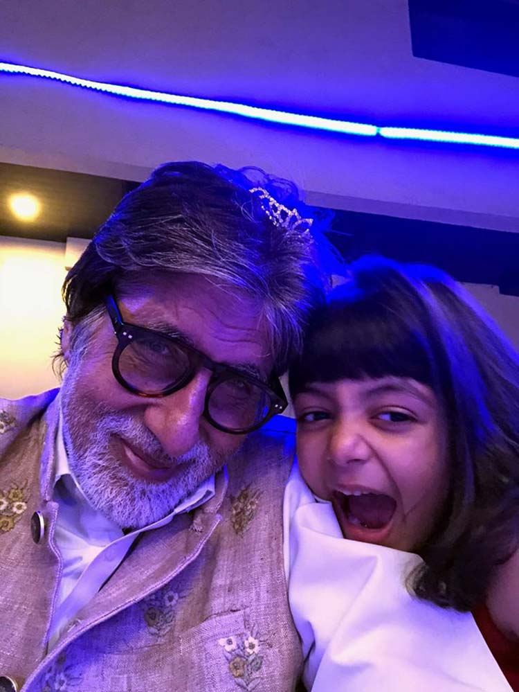 Amitabh Bachchan's fun moments with granddaughter Aaradhya