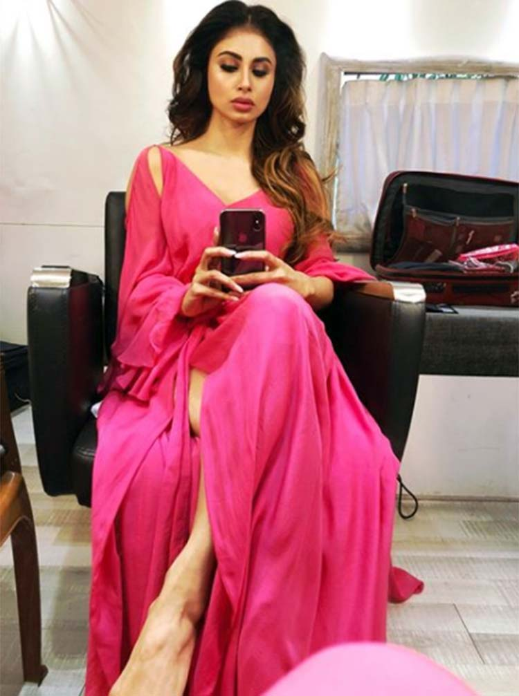 Mouni Roy clicking a hot selfie