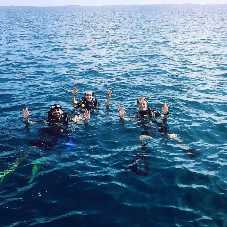 Sagarika Ghatge and Zaheer Khan went diving in Maldives
