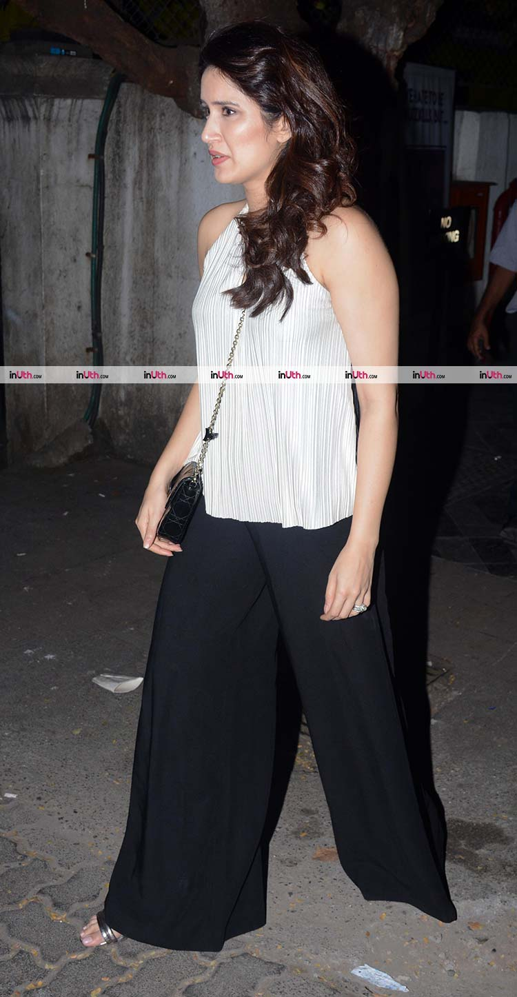 Sagarika Ghatge spotted after a dinner date with fiance Zaheer Khan