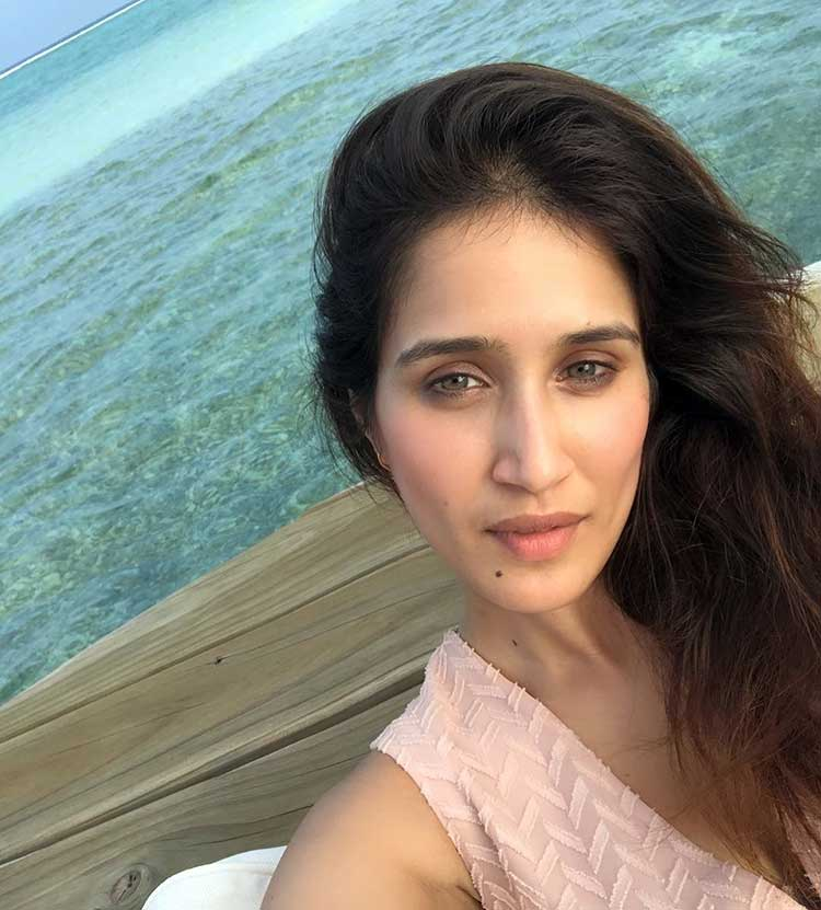 Sagarika Ghatge's splendid selfie from Maldives