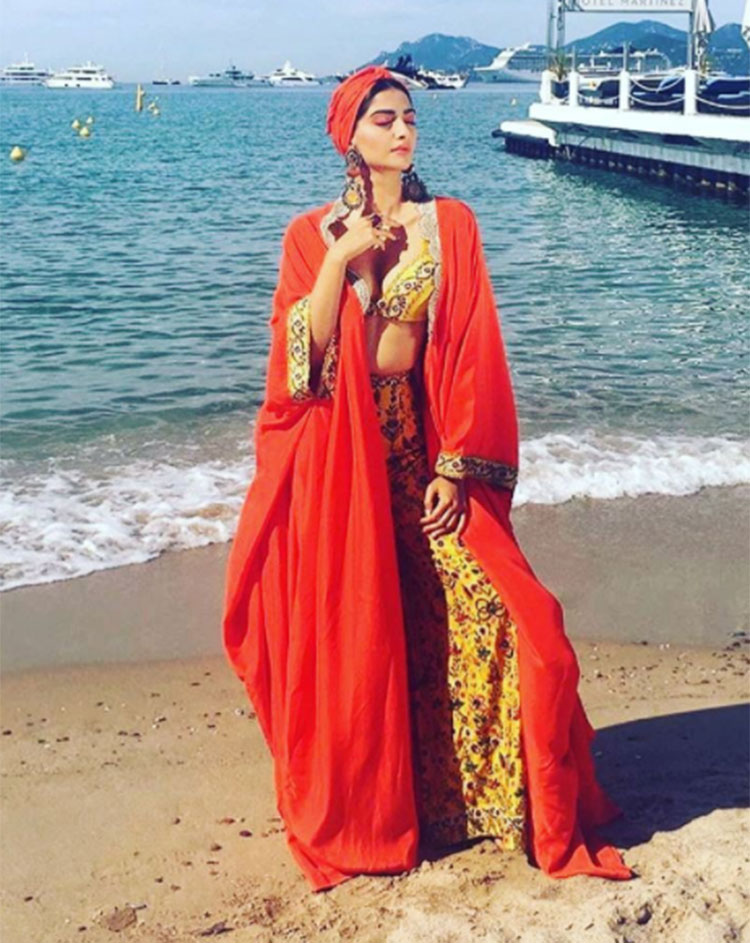 Sonam Kapoor slaying at the day 6 of Cannes 2017