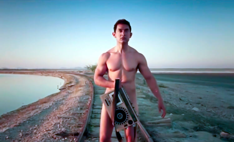 Aamir Khan playing the perfect alien in PK