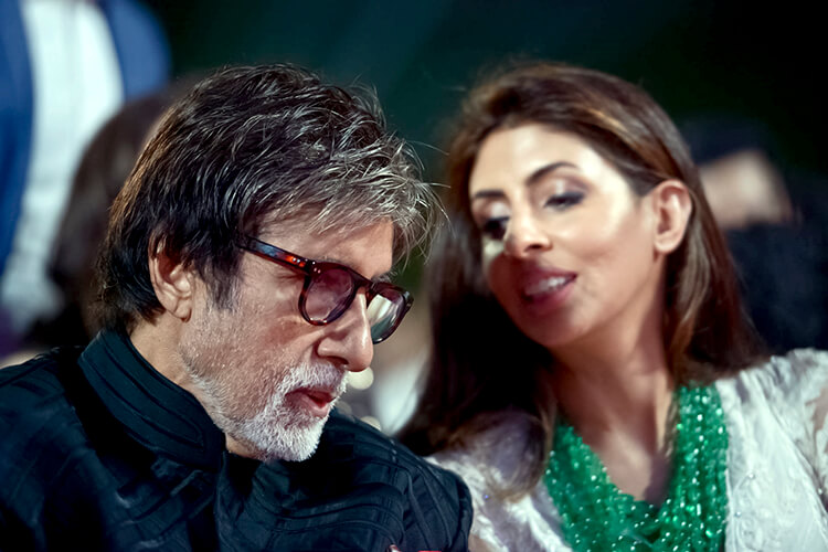 Amitabh Bachchan with Shweta Nanda in a pic from his personal album