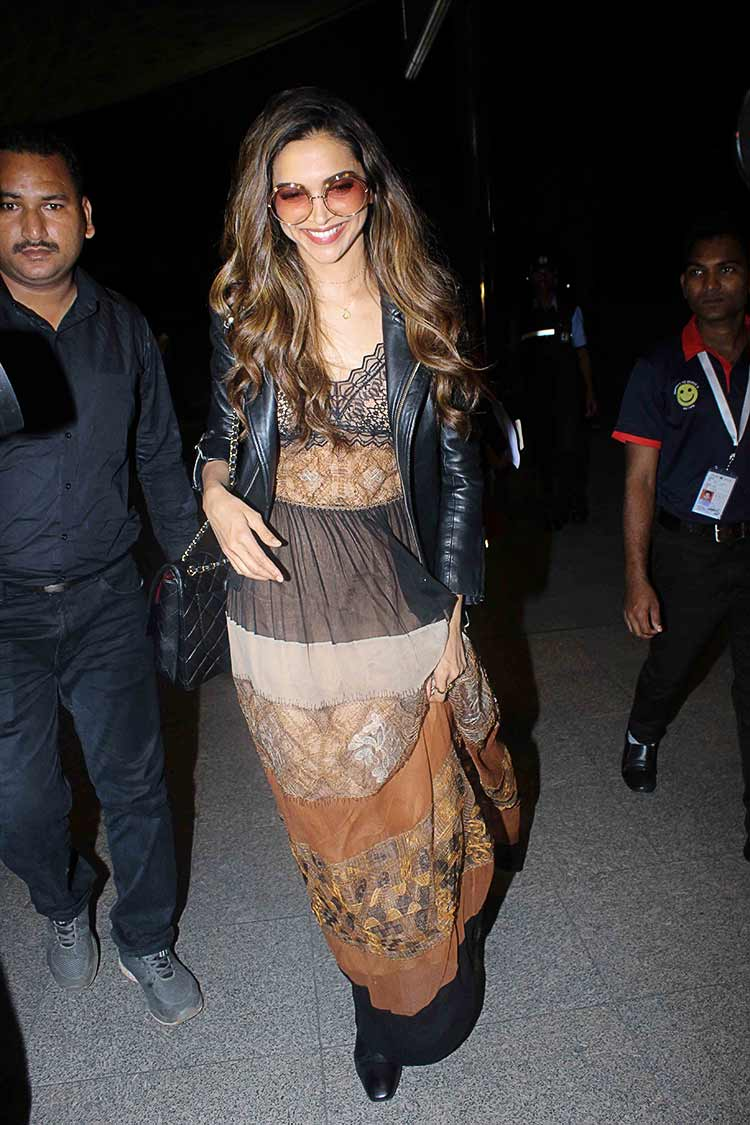 Deepika Padukone at the Mumbai Airport