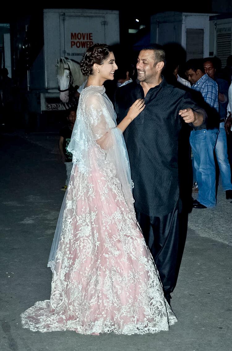 Salman Khan with Sonam Kapoor at a Diwali event