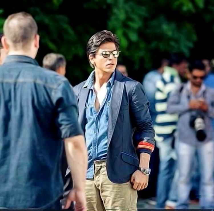 Shah Rukh Khan in a still from Dilwale