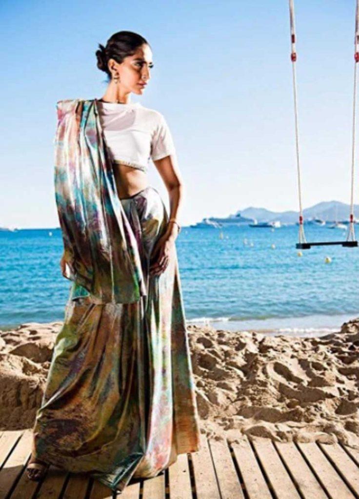 Take sneak peek into Sonam Kapoor's first look at Cannes