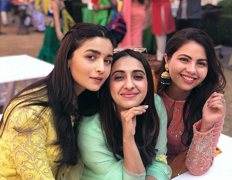 Alia Bhatt with her girl gang in Jodhpur