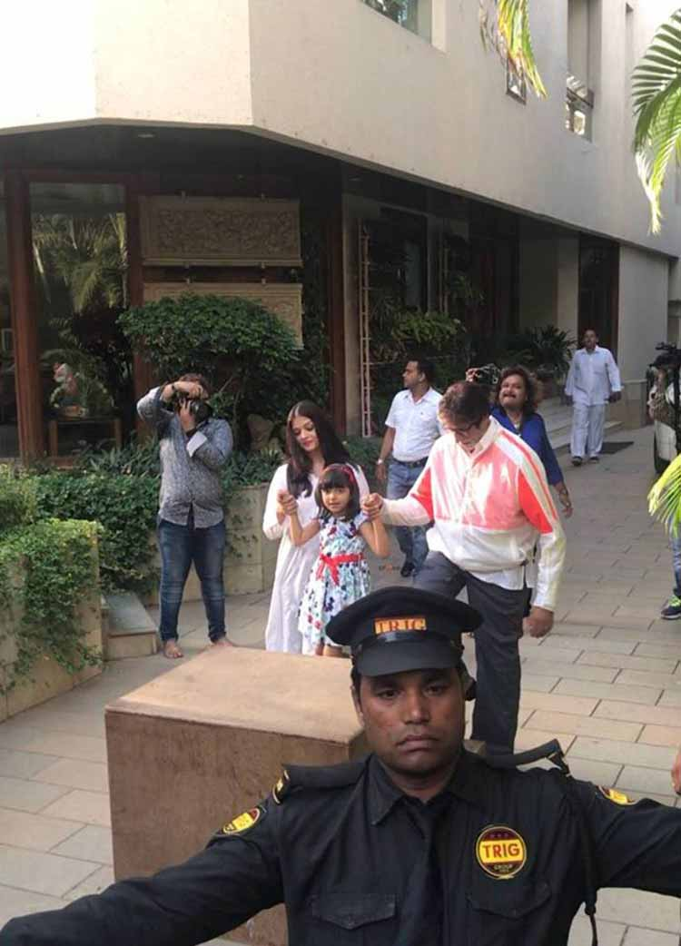 Amitabh Bachchan and Aaradhya Bachchan to greet their fans