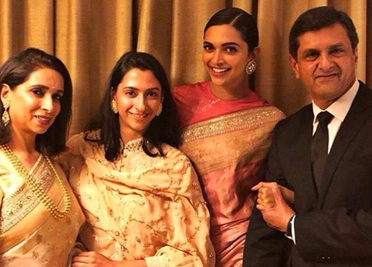 Deepika Padukone's happy picture with her family