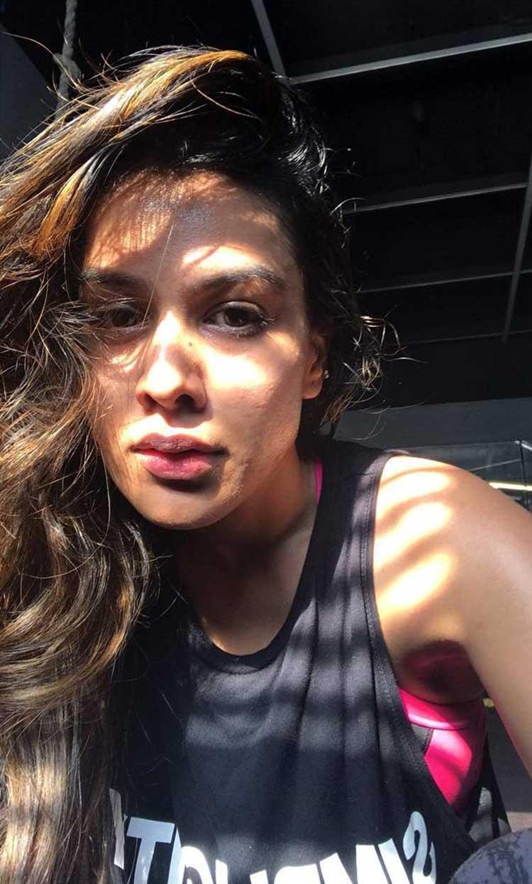 Hot Nia Sharma's sun-kissed Instagram post