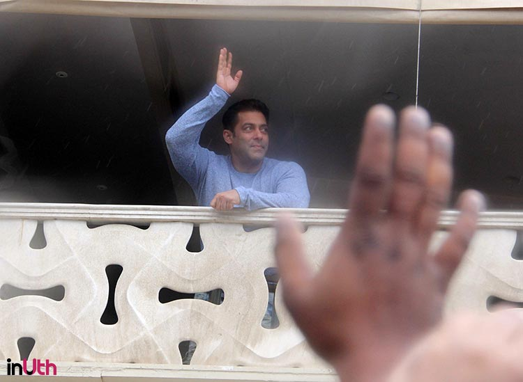 Salman Khan personally wishing Eid to his fans