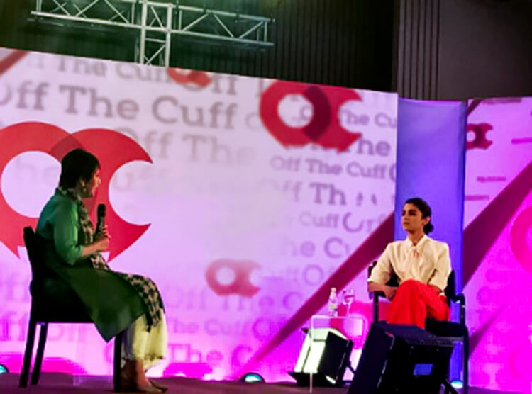 Alia Bhatt with Barkha Dutt at Off The Cuff event