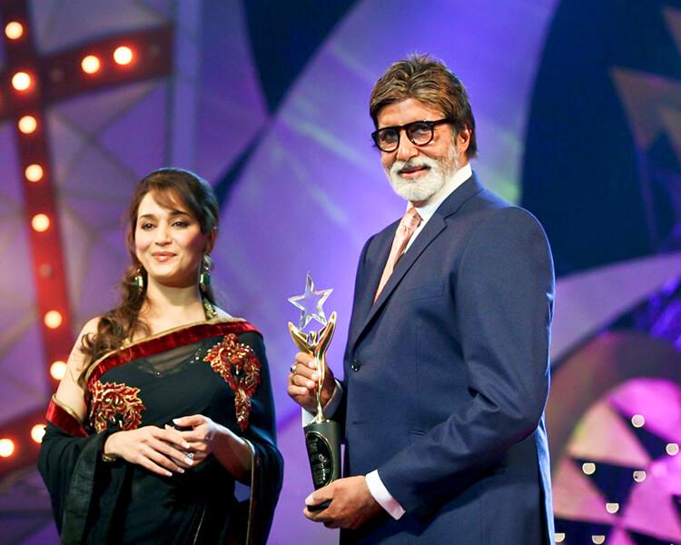 Amitabh Bachchan at Stardust Awards 2011