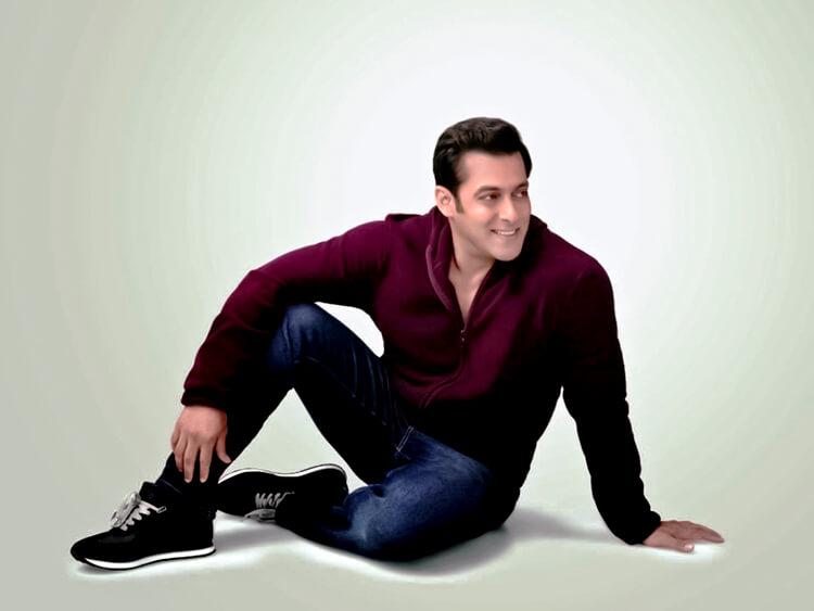 Salman Khan is looking uber cute in this wallpaper