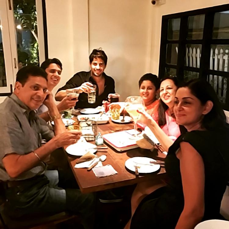 Sidharth Malhotra's personal moments with his family