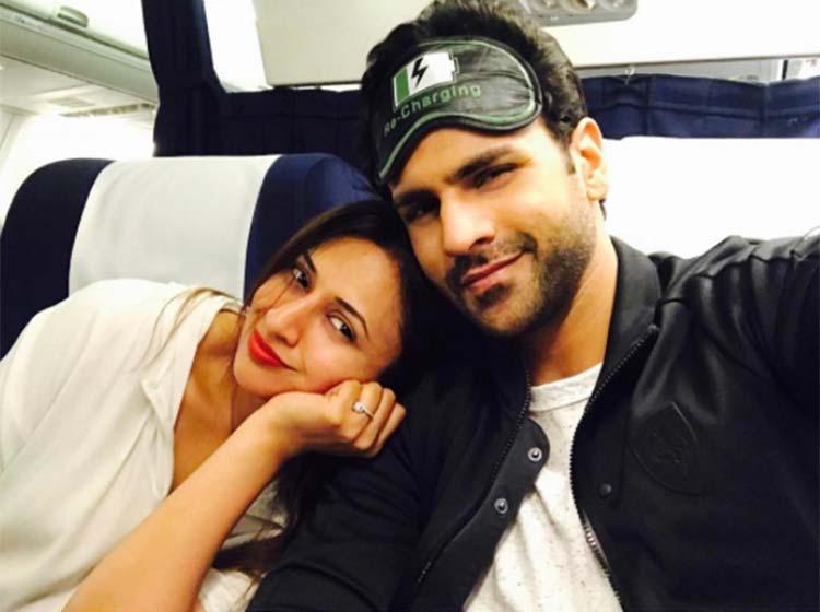 Divyanka Tripathi and Vivek Dahiya are a deeply in love couple