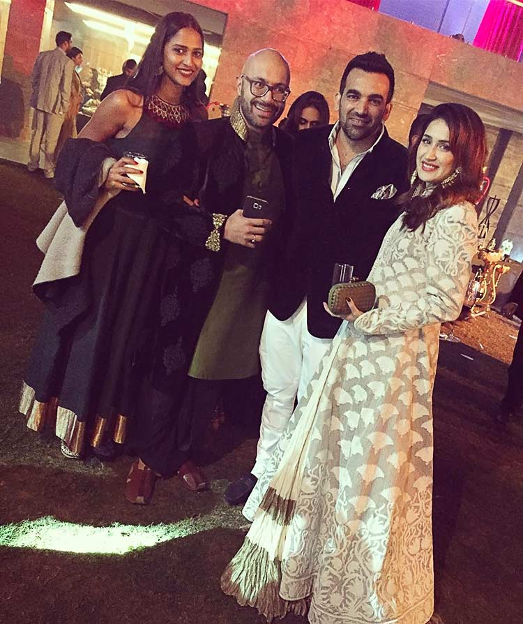 Sagarika Ghatge and Zaheer Khan at Yuvraj Singh's wedding