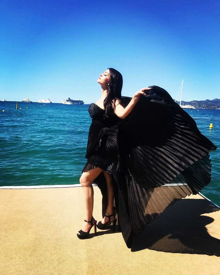 Aishwarya Rai posing by the French Riviera at Cannes
