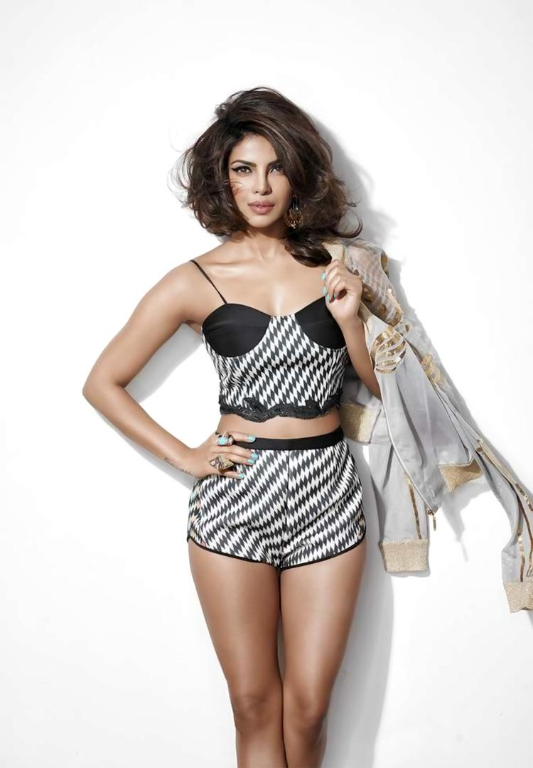 Priyanka's sexy poise is goals