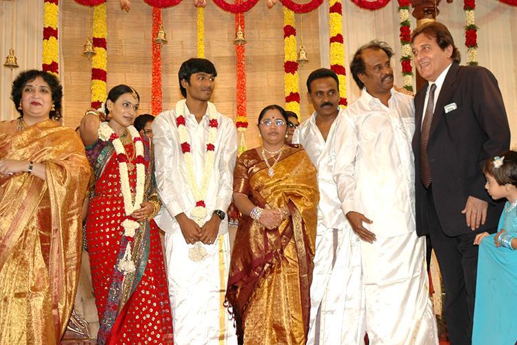 Megastar Rajinikanth share a candid moment with Vinod Khanna