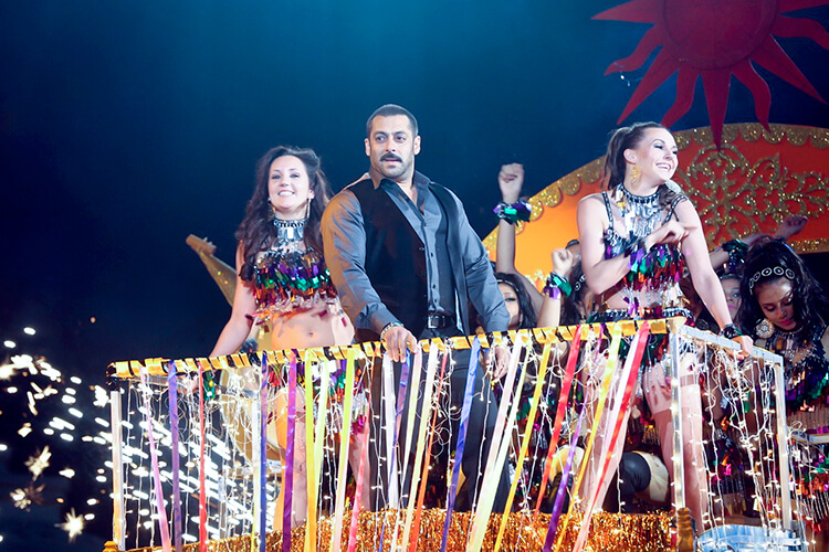 Salman Khan at Big Star Entertainment Awards 2015