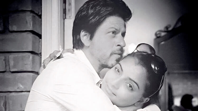 Shah Rukh Khan shares a candid embrace with Vaibhavi Merchant