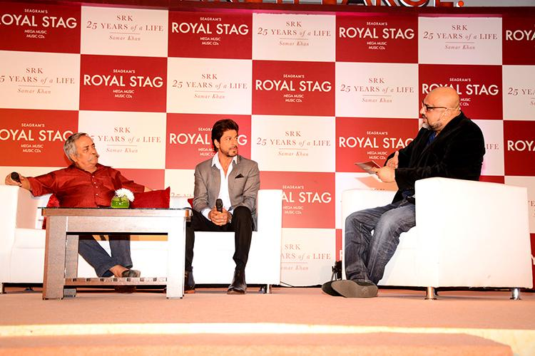 Shah Rukh Khan interacting at his biography launch event