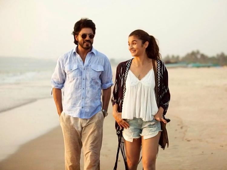 Shah Rukh Khan with Alia Bhatt in Dear Zindagi