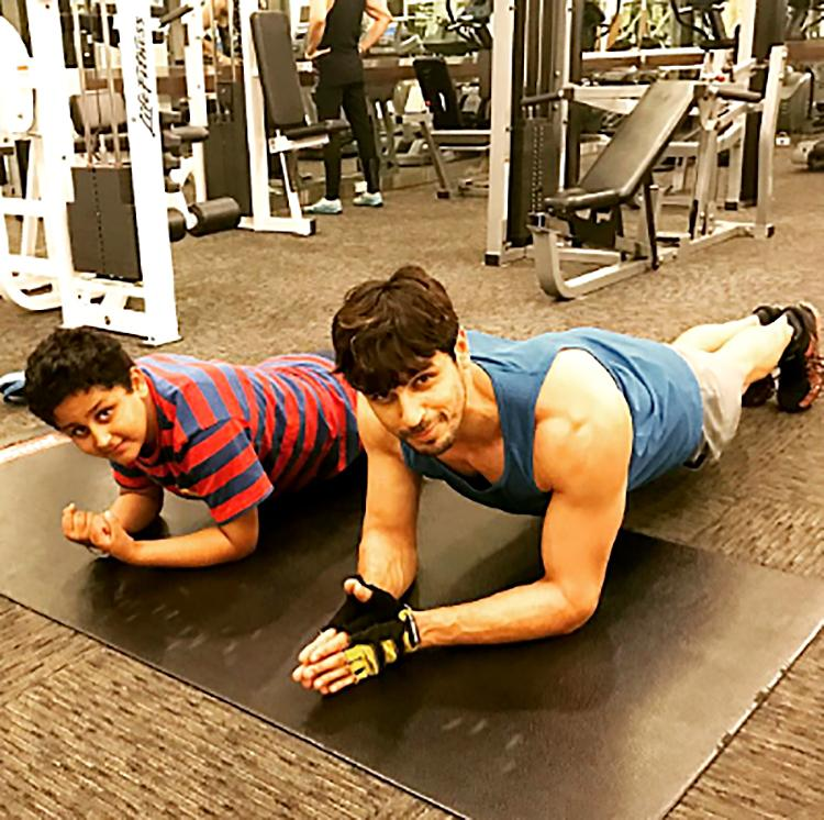 Sidharth Malhotra grooms his personality in the gym
