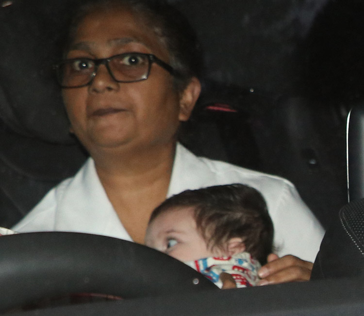 Taimur and Kareena Kapoor spotted at a day out in Mumbai