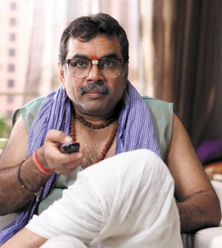Paresh Rawal's Lambodar Chacha from Atithi Tum Kab Jaoge