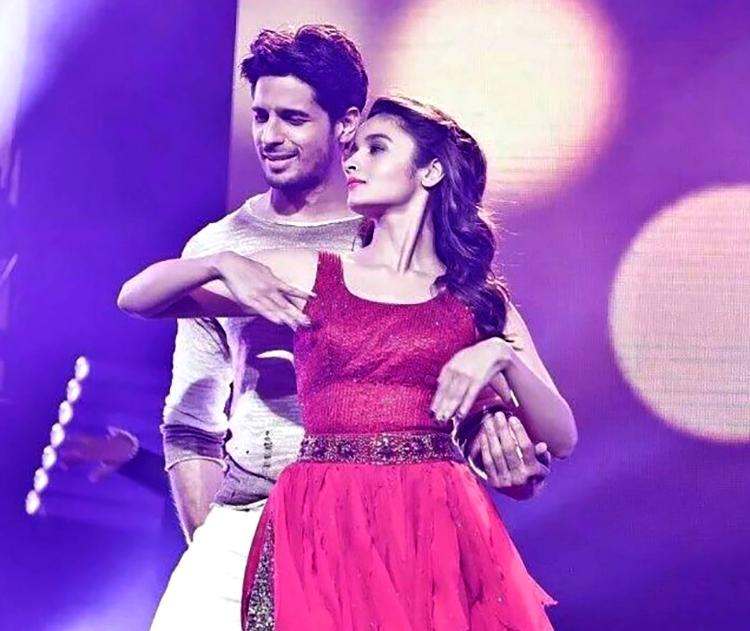 Alia Bhatt and Sidharth Malhotra performing at the Dream Team Tour