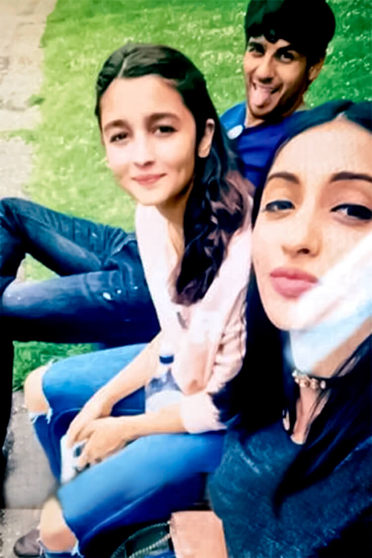 Alia Bhatt's personal moments with Siddharth Malhotra and best friend