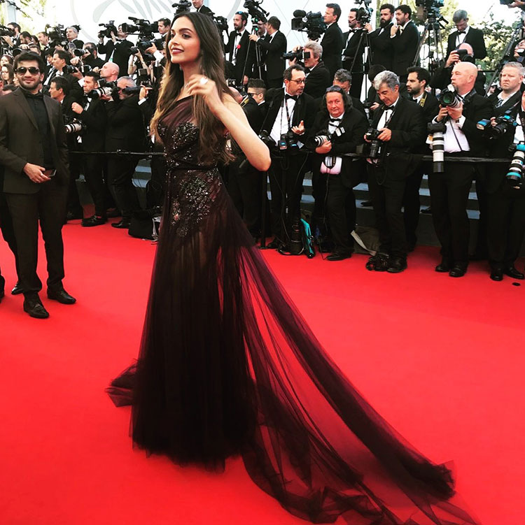 Deepika Padukone was majestic on the Cannes red carpet