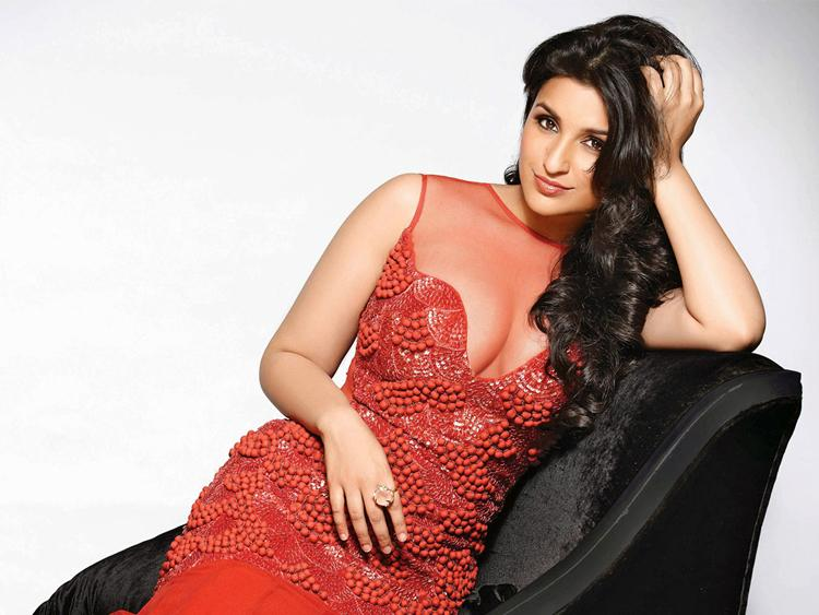 hot Parineeti chopra