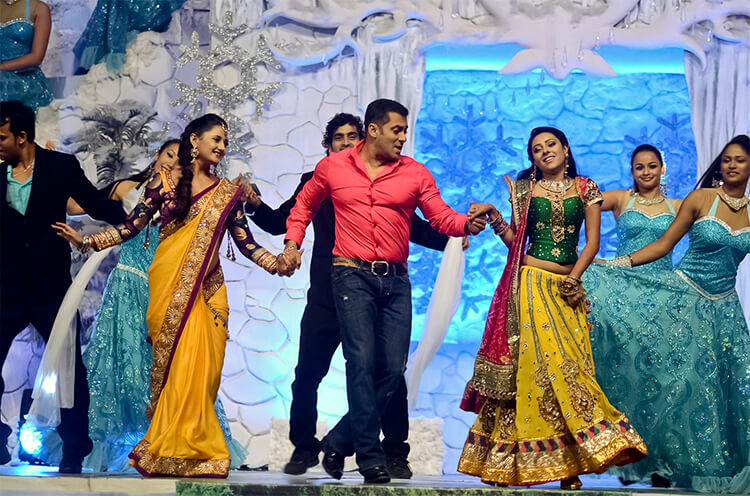Salman Khan performing at Colors Golden Petal Awards