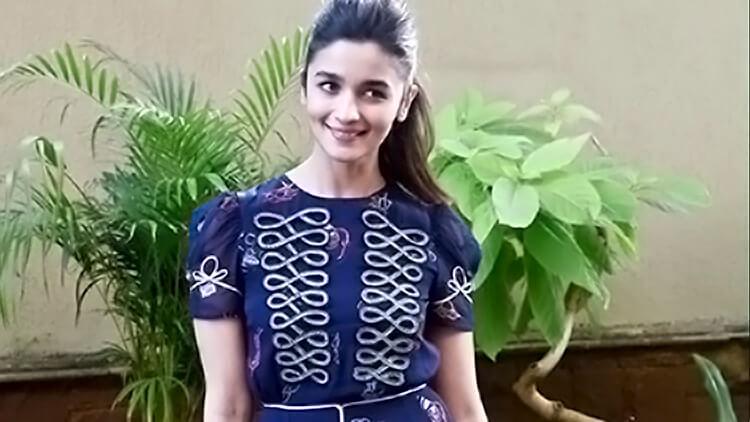 Alia Bhatt's adorably pretty candid pic
