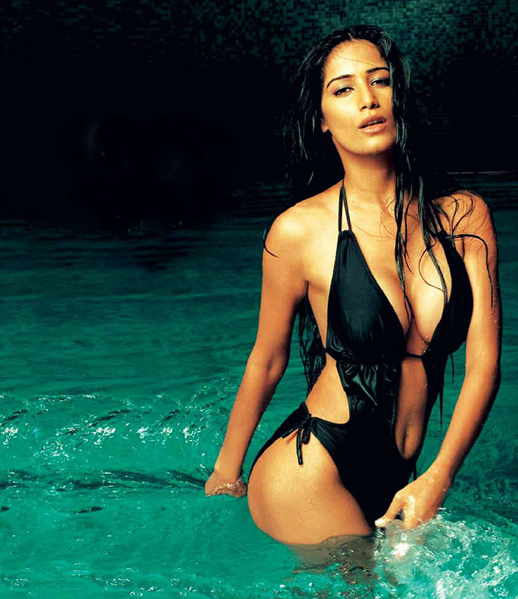 Poonam Pandey is setting the temperatures soaring with her bikini look