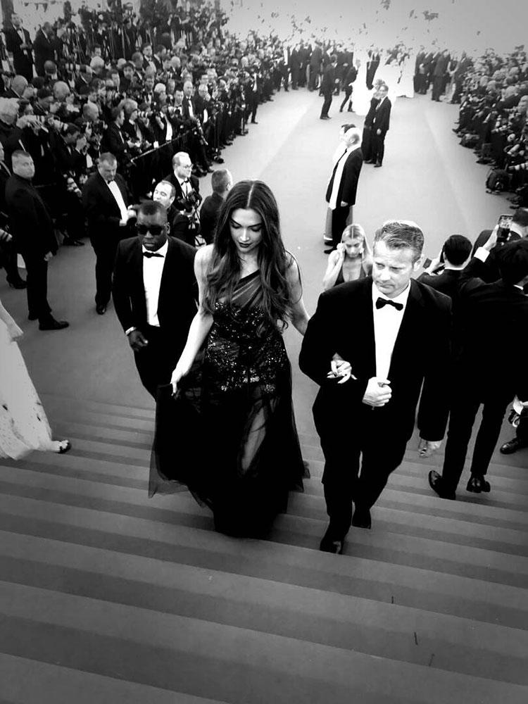Deepika Padukone's elegant walk at the Cannes