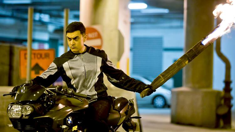 Aamir Khan being the hottest biker in Dhoom 3