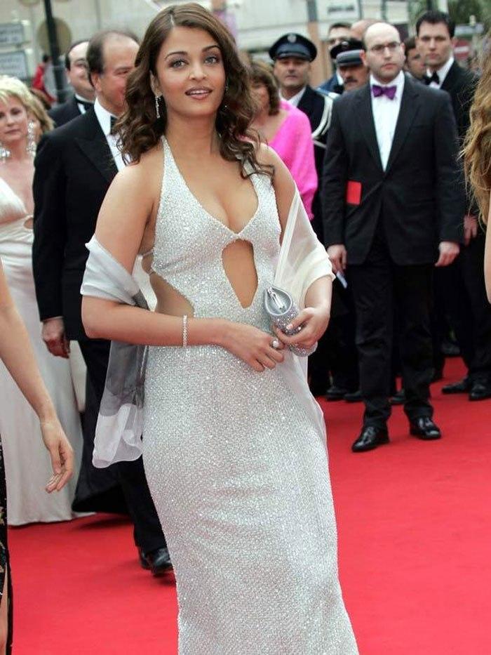 Aishwarya Rai Cannes 2004 look