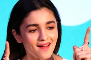 Alia Bhatt celebrates Monther's Day