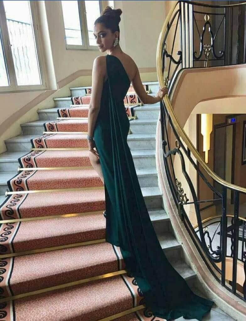 Deepika Padukone Cannes Film Festival 2017 | Twitter Image for InUth.com
