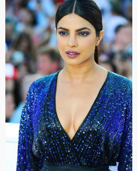 Priyanka Chopra Baywatch, Priyanka Chopra eye makeup
