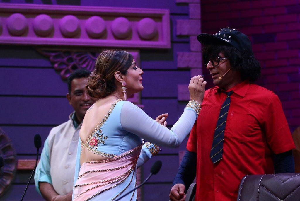 Sunil Grover and Raveena Tandon