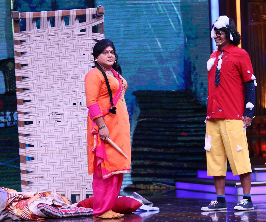 Sunil Grover and Al Asgar-